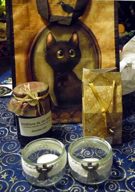 les photos de vos cadeaux - Page 2 Echange-de-No%C3%ABl_PapiersdevertpourGwendoline1